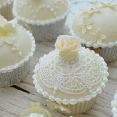 Cupcake Lace Mat